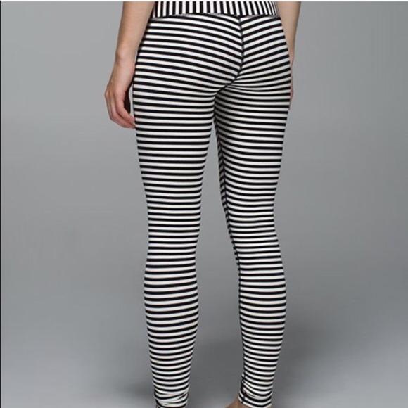 ca8c08938 lululemon athletica Pants - 🛍 Lululemon Black and White Stripe Wonder Under